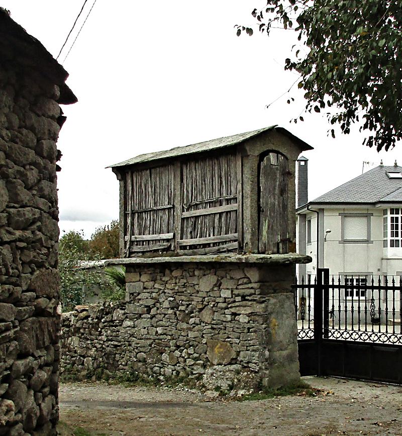 Galician horreo or granary.