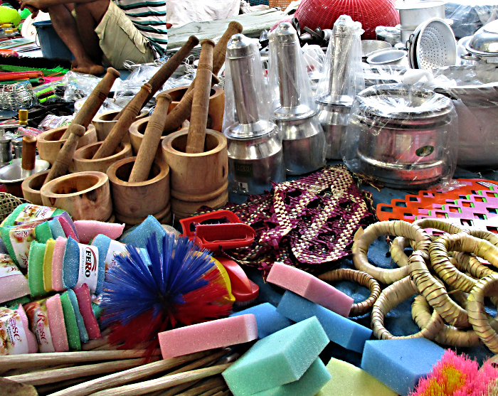 Pittu Steamers and other kitchen goods at the Hikkaduwa Sunday market